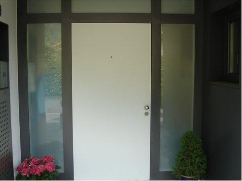 Haustür milchglas  www.bertherfenster.ch – Haustüren